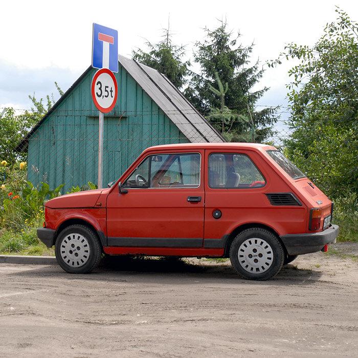 Kleines Auto umme Ecke